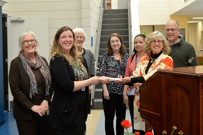 NVCC Honored by Distinguished Library Award